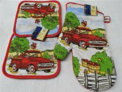 3 Piece Red Truck Country Kitchen Decor 2 Potholders, 1 Oven