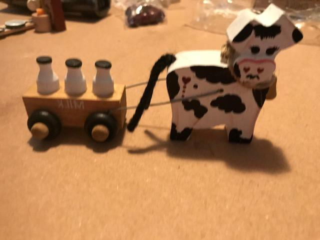 wood cow milk wagon rustic country primitive